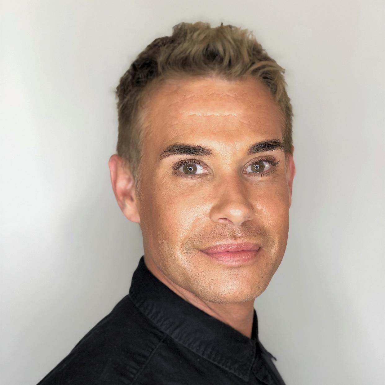 Palm Springs hair stylist